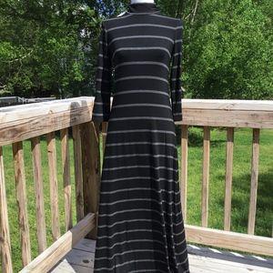 New Max Studio Long Sleeve Striped Maxi